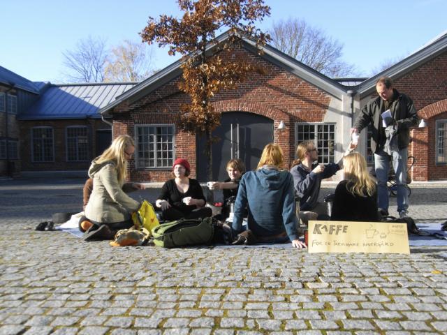 Kaffe för en trevligare innergård  Åbo Akademi