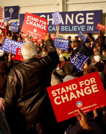 obama-placards-red-and-blue