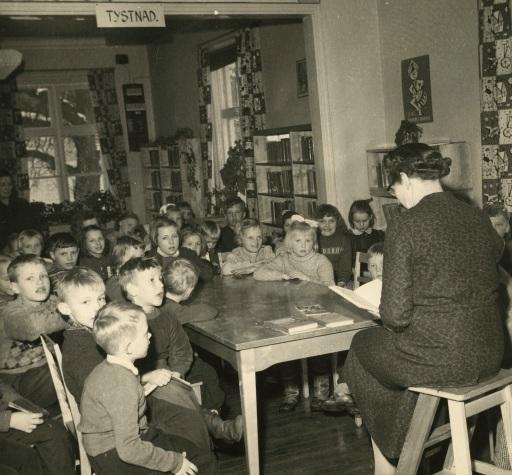 EkenŠs bibliotel 1958 Sagostun d, foto Rolf Rurik Rancken